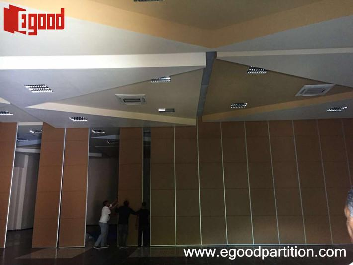operable wall sliding folding partition door