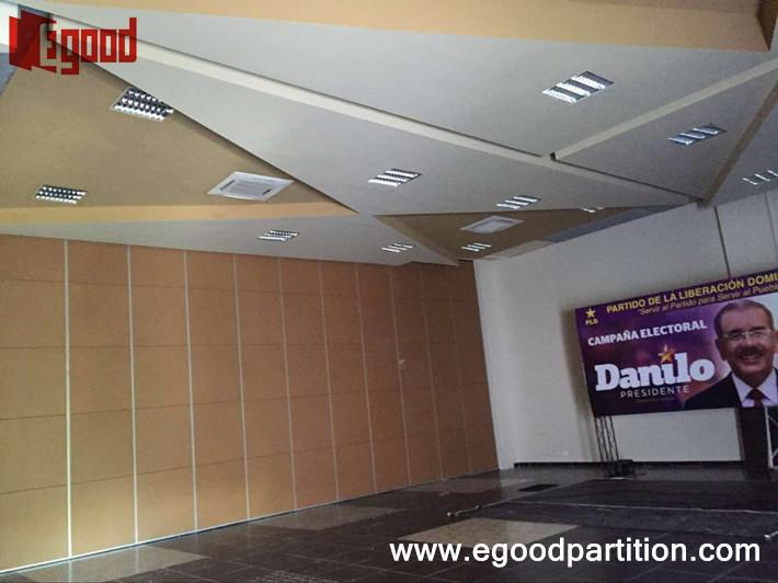Operable wall movable partition wall for ballroom