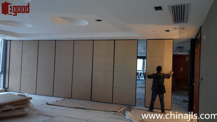 opeable partition installation,resturant operable partition